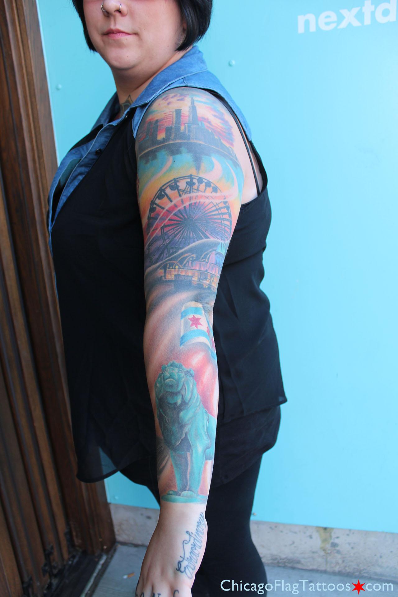 http://chicagoflagtattoos.com/img/kayla-tattoo-skyline-ferris-lion.jpg